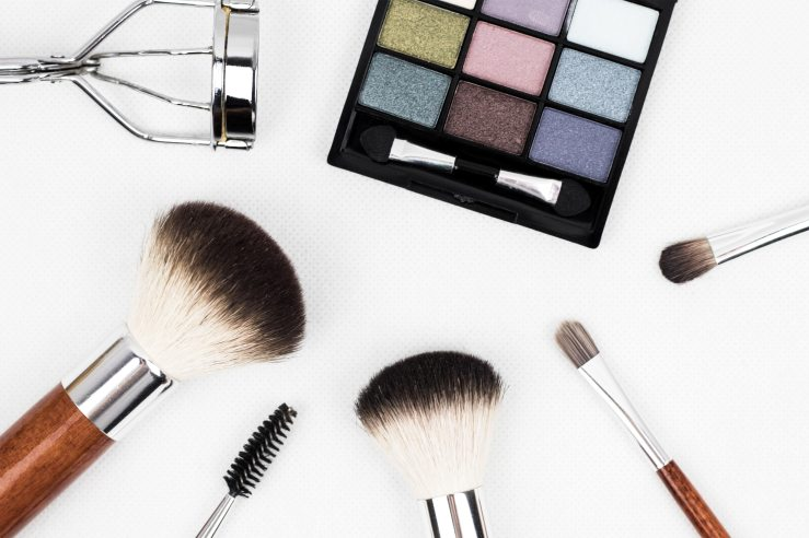 cosmetic-eyeshadow-make-up-208052